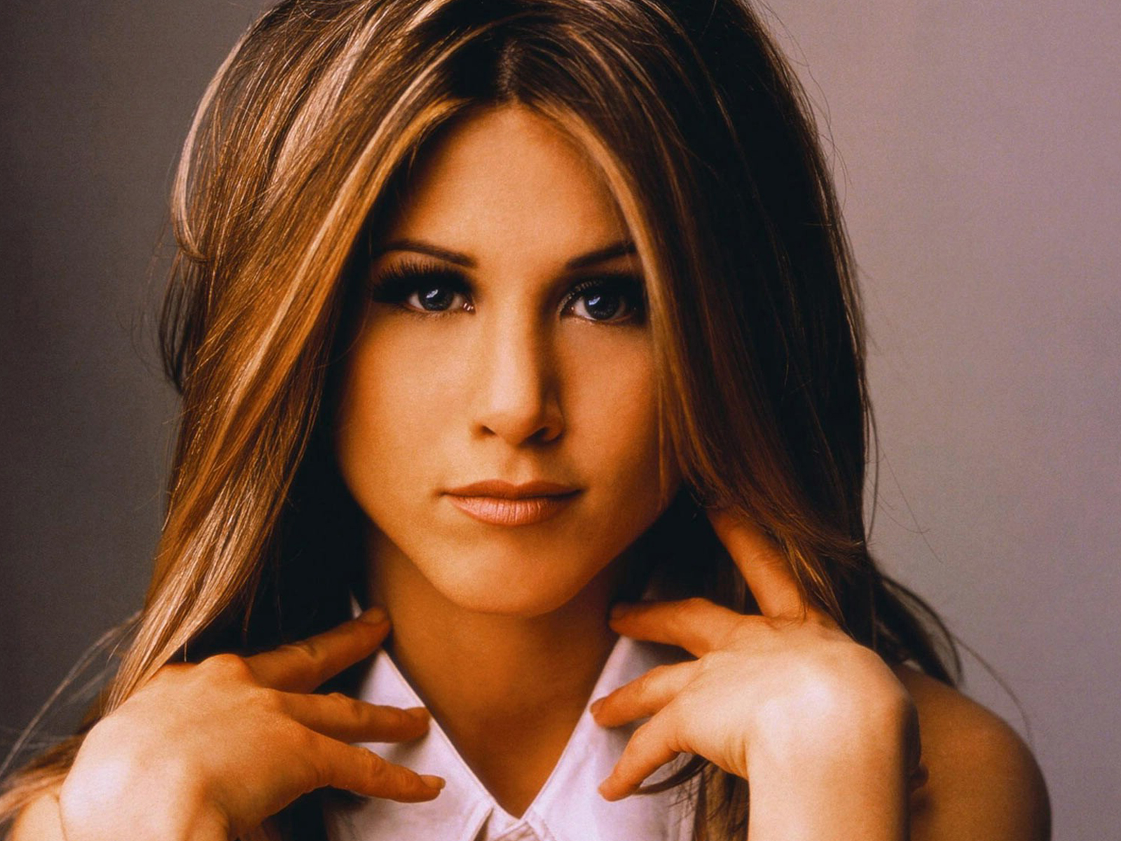 Jennifer-Aniston-plastic-surgery