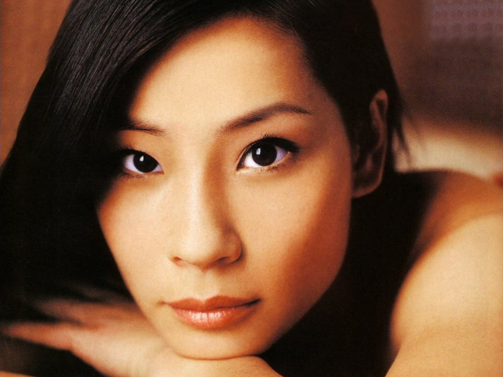Lucy-Liu-Asian-Beauty